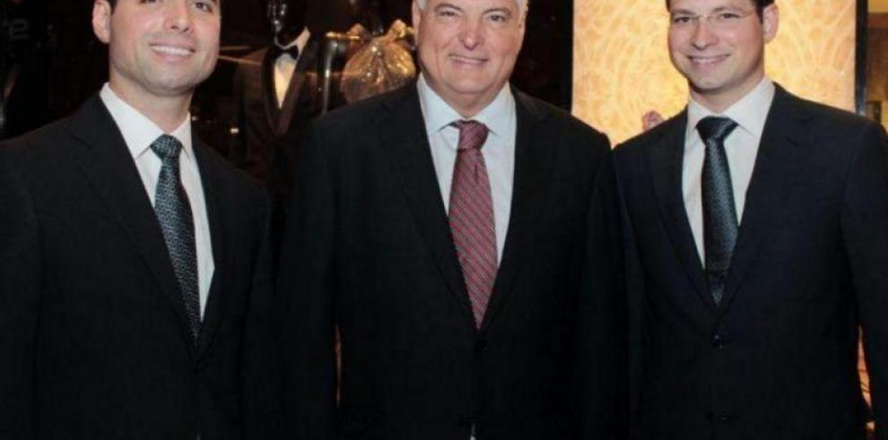 Hijos del expresidente Martinelli están bajo custodia de autoridades migratorias en Miami