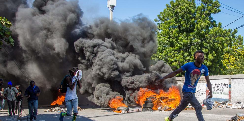 La tensión continúa en Haití mientras el presidente mantiene silencio