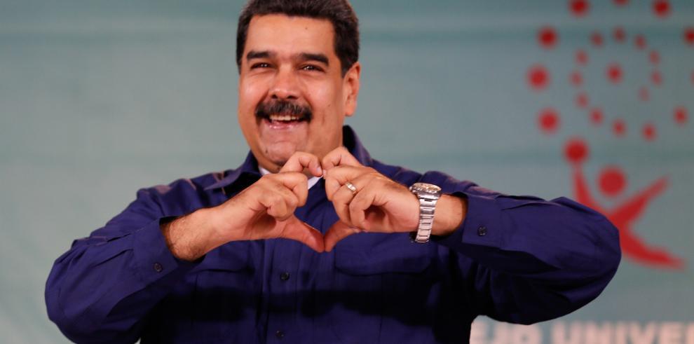 Tribunal Supremo de Venezuela en el exilio pide a la Interpol arrestar a Maduro