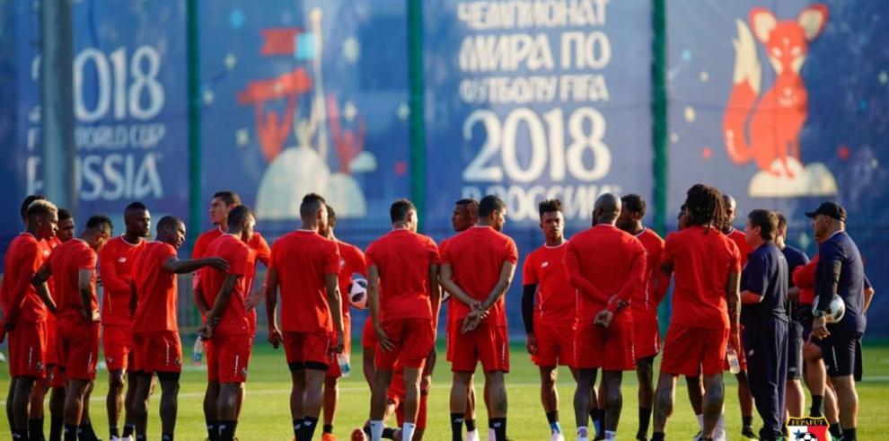 Panamá recupera la rutina