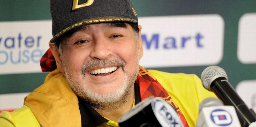 Fijan suspensión a Maradona para el partido de hoy