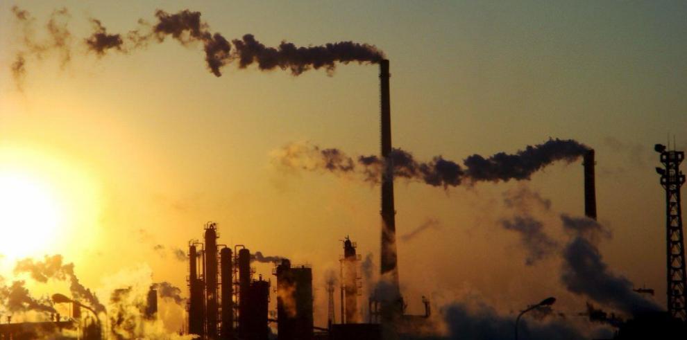 Brecha para reducir emisiones de CO2, cada vez más grande