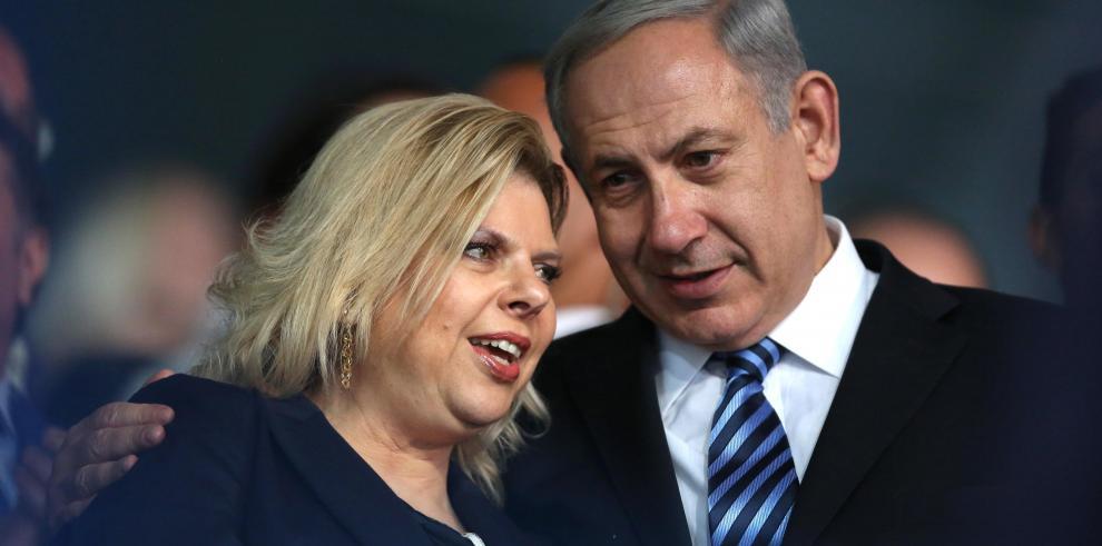 La Policía recomienda acusar de corrupción a Benjamín y Sara Netanyahu