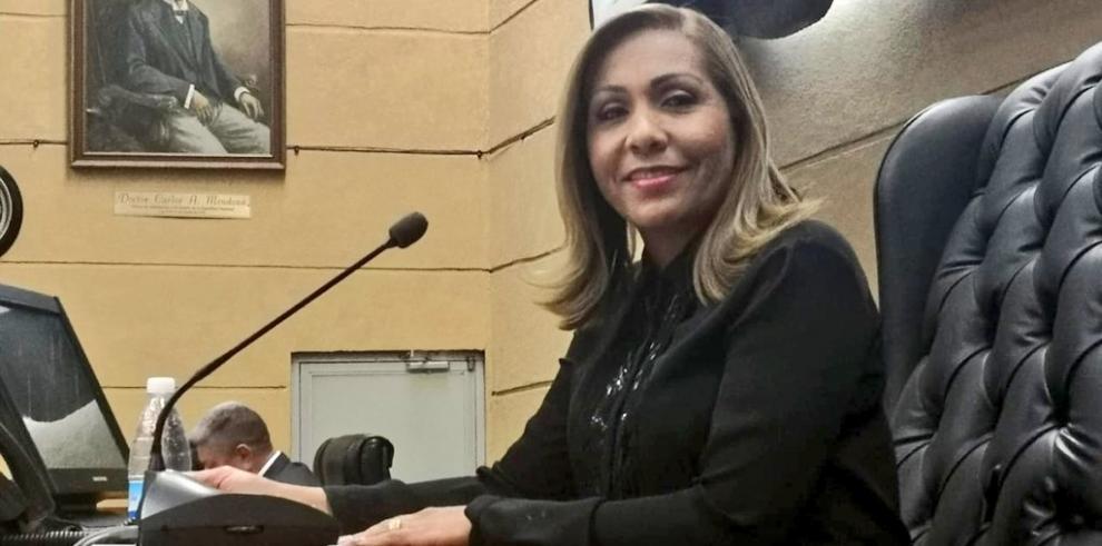 Yanibel Ábrego, presidenta de la Asamblea, se reunirá conXi Jinping