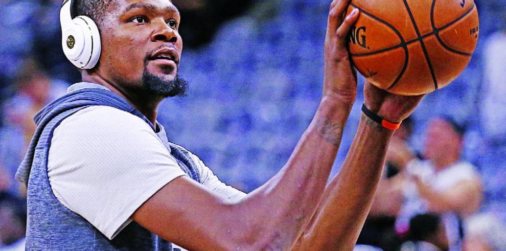 Los Clippers invertirán en dos agentes libres