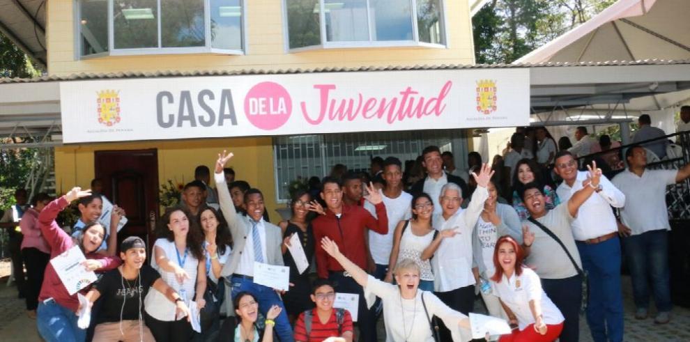 Liderazgo, cultura y ciencia para los jóvenes de la ciudad capital
