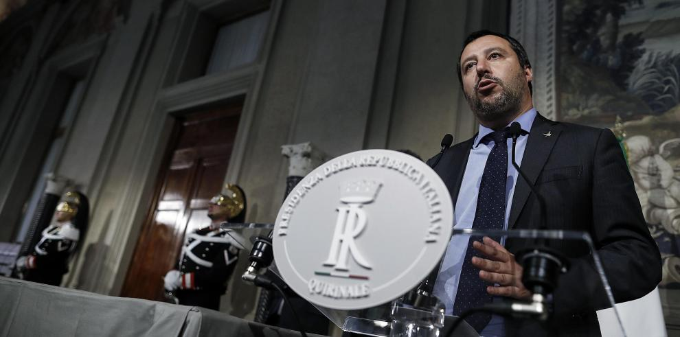 Populistas y derechistas de Italia desean salida de UE y cancelación de deuda