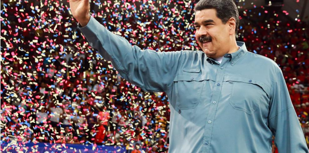 Senadores de EEUU piden atrasar comicios en Venezuela para que sean