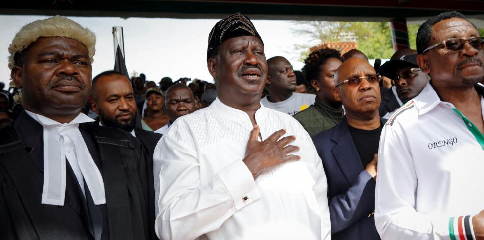 El líder de oposición en Kenia se autoproclama