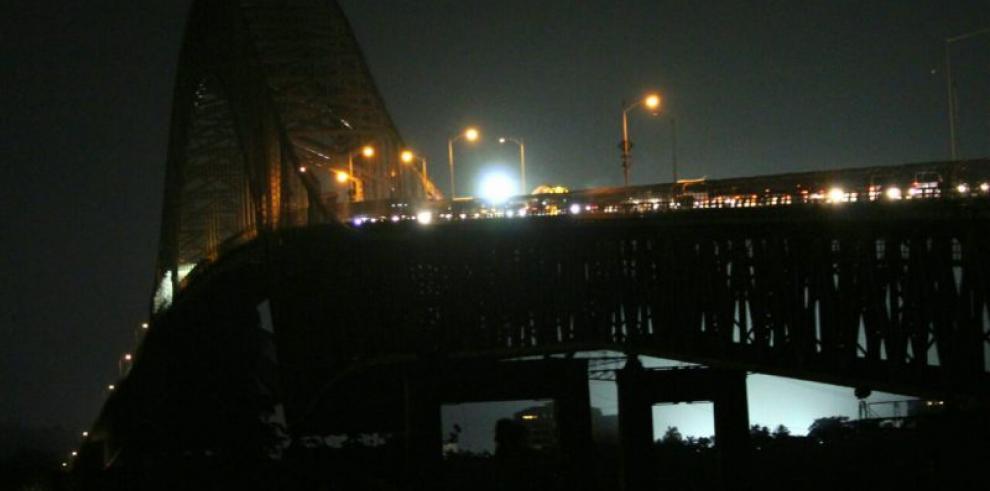 Trabajos en losa del Puente de Las Américas tendrán una duración de 5 semanas