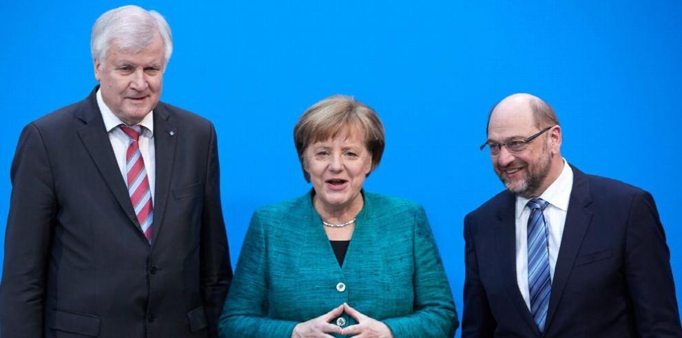 Merkel y Schulz alcanzan un acuerdo