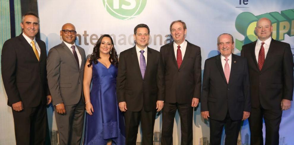 Internacional de Seguros celebra sus logros