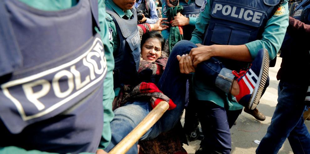 La líder opositora de Bangladesh, encarcelada por corrupción
