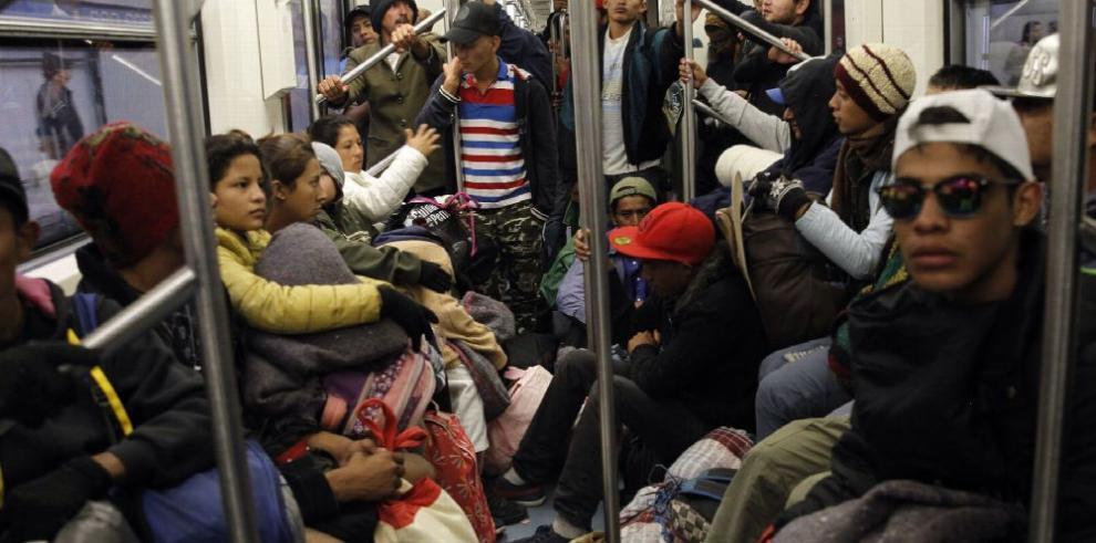 EE.UU. limita opciones para pedir asilo en frontera con México
