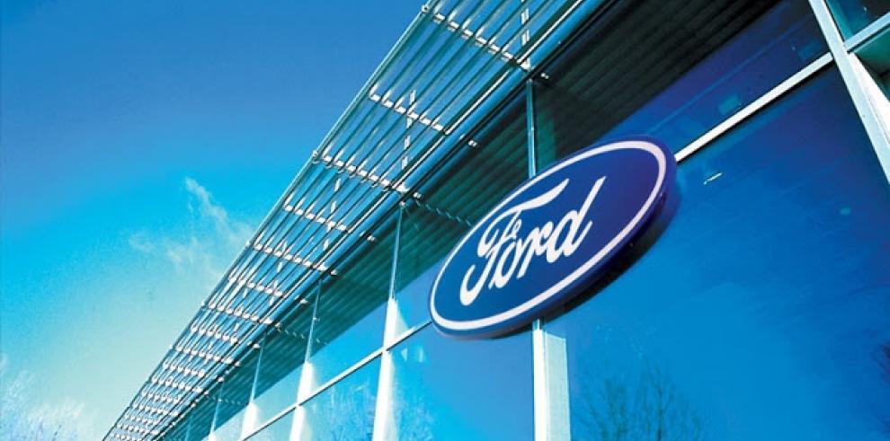 Ford llama a revisión en Norteamérica 874.082 camionetas F-150