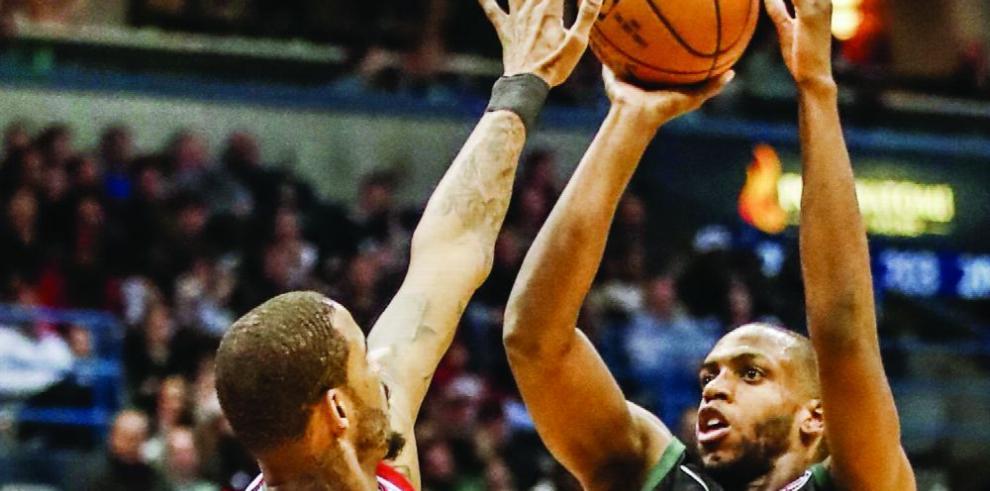 Los Rockets estrenan liderato y marca NBA