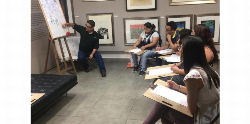 Programas educativos para empoderar al artista