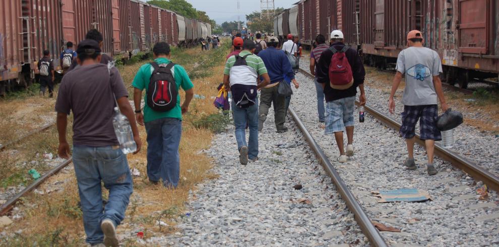 Activistas alertan de riesgos en devoluciones de migrantes a México