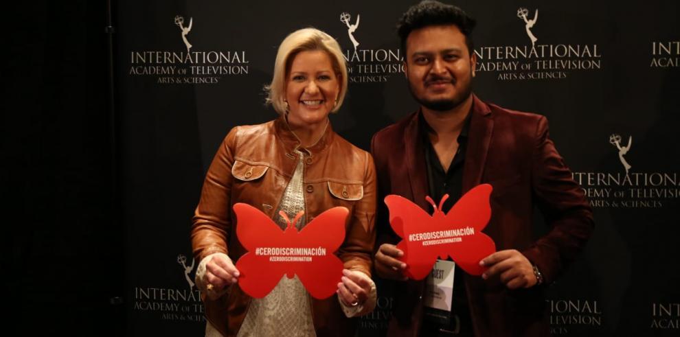 Lorena Castillo insta alos jóvenes a promover e impulsar la paz