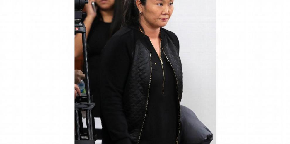 K. Fujimori critica la acusación de Fiscalía