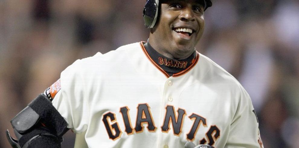 Los Gigantes retirarán el número 25 de Barry Bonds