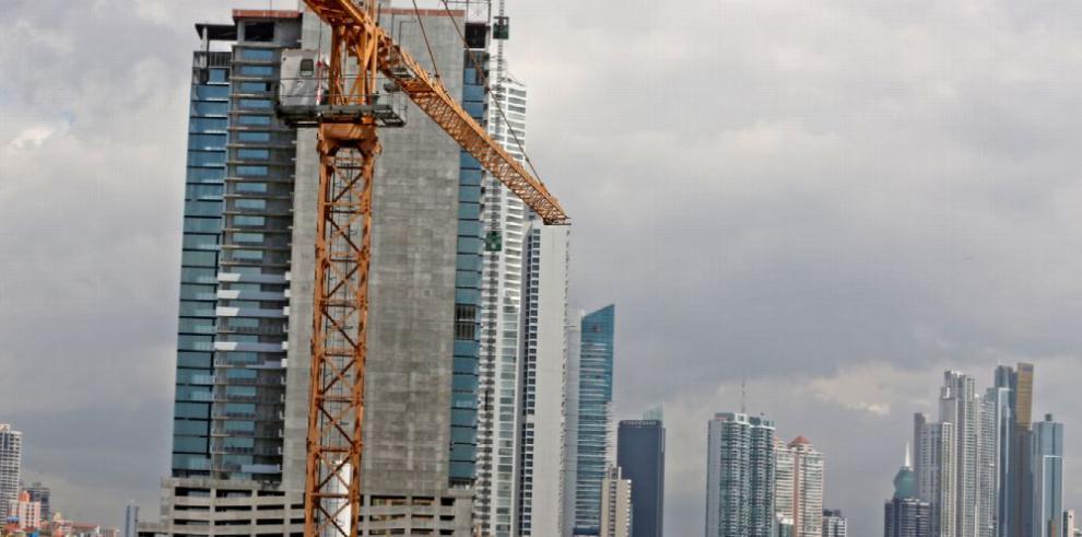 Permisos de construcción siguen retrocediendo