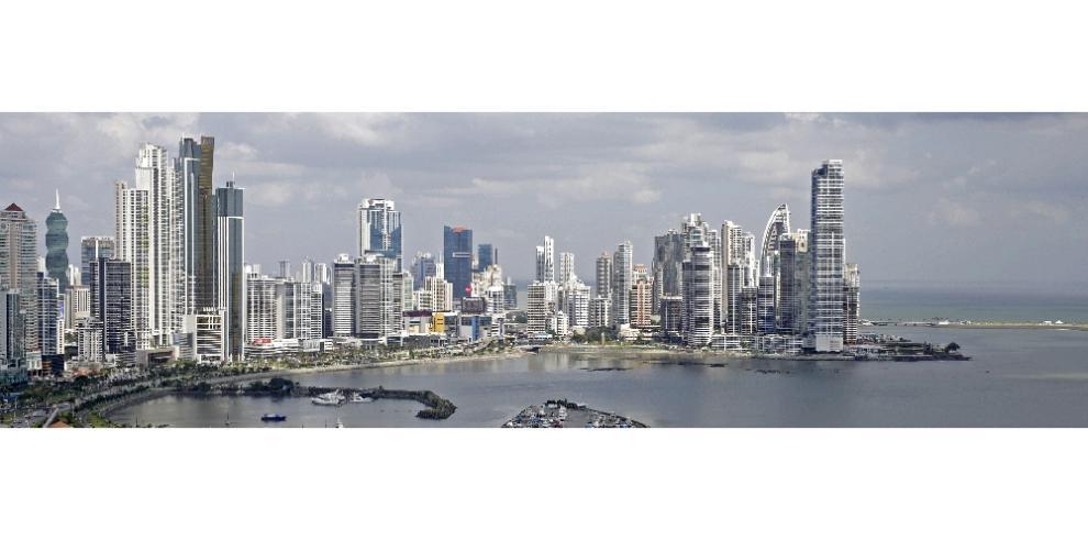Panamá instala primer Colegio de Directores de Aseguradoras