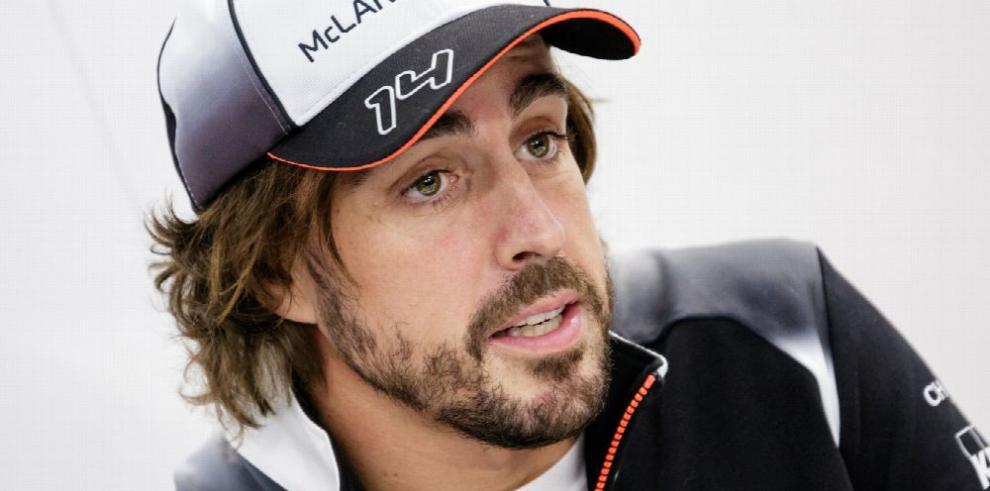 Carlos Sáinz recoge legado de Fernando Alonso