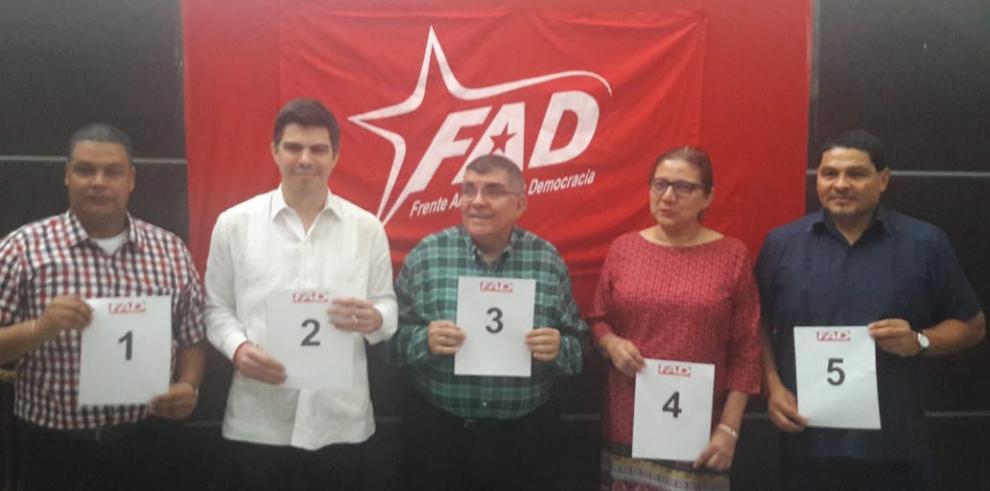 El FAD realiza sorteo de la posiciones de los precandidatos