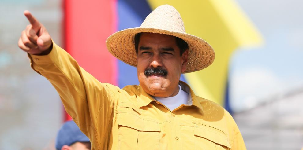 Una campaña por la renuncia de Maduro recorre Venezuela a días de comicios
