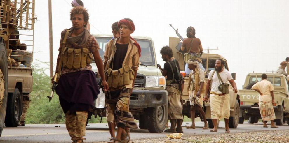 Coalición árabe lanza ofensiva en Yemen