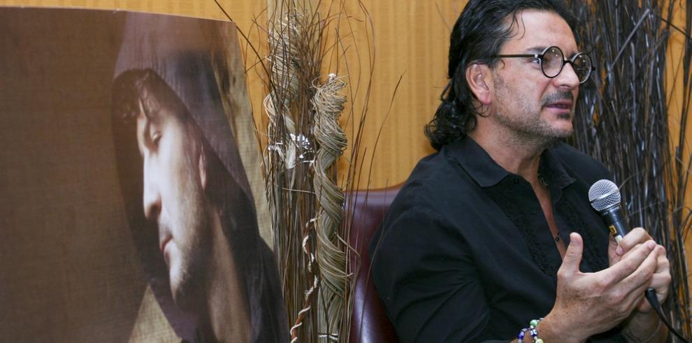 Arjona es demandado por empresario dominicano por incumplir contrato