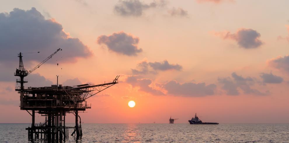 Guyana construirá este año una refinería petrolera de $100 millones