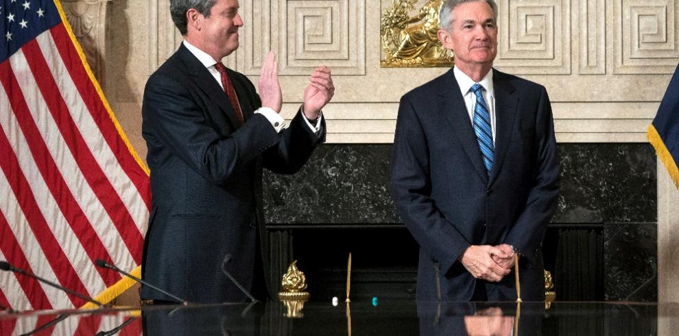 Powell asume el timón de la Fed en medio de fuertes vaivenes en Wall Street