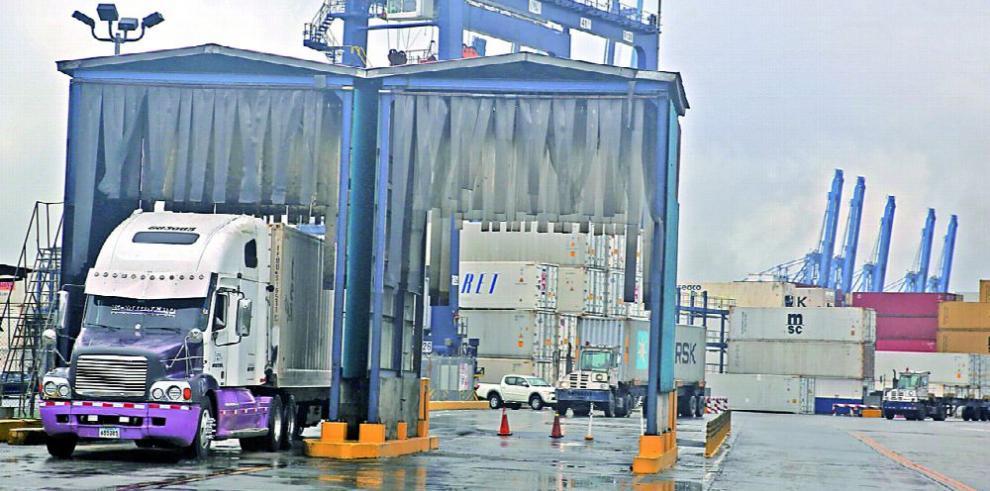 Aduanas acepta tregua y suspende la huelga
