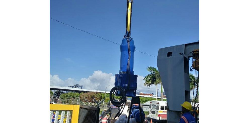 Avance de 15% en obras de mejoras al mercado de Colón