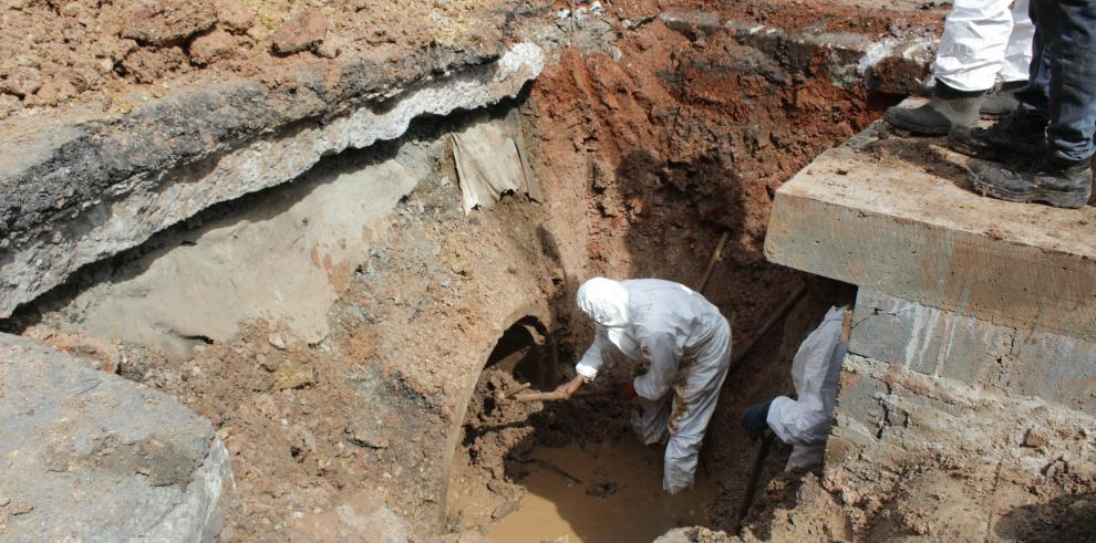 Área Canalera del MOP trabajó en la limpieza de sistemas pluviales en Curundú