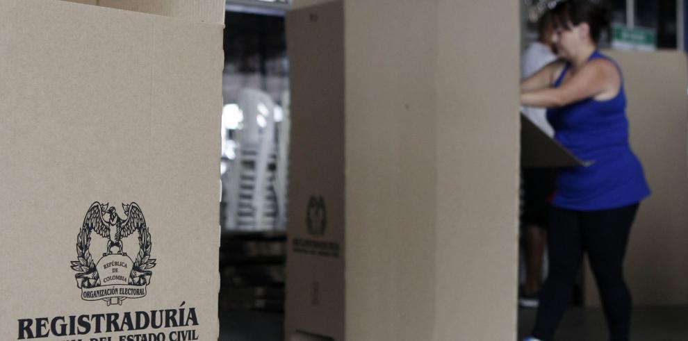 Santos dice elecciones serán las más tranquilas de la historia de Colombia