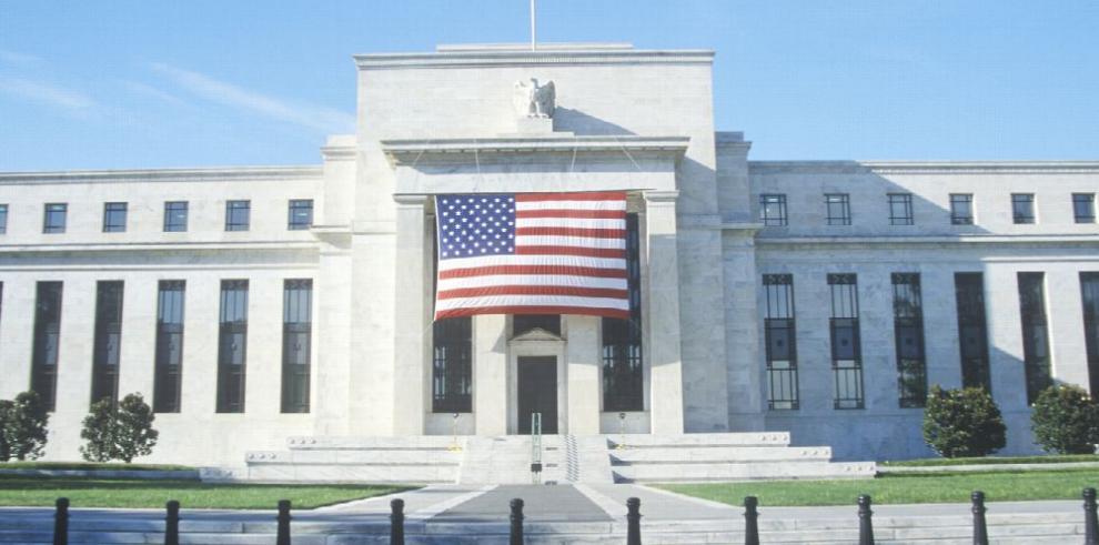 Presidente de la Fed advierte más alzas graduales de interés