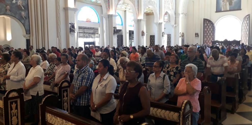 Católicos comienzan la temporada de Cuaresma en preparación para la Semana Santa