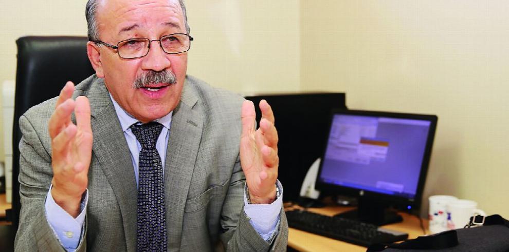 Más de 300 docentes sin cátedra asignada