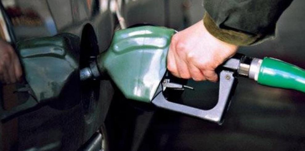 Precios de la gasolina y el diésel bajan a partir de este viernes