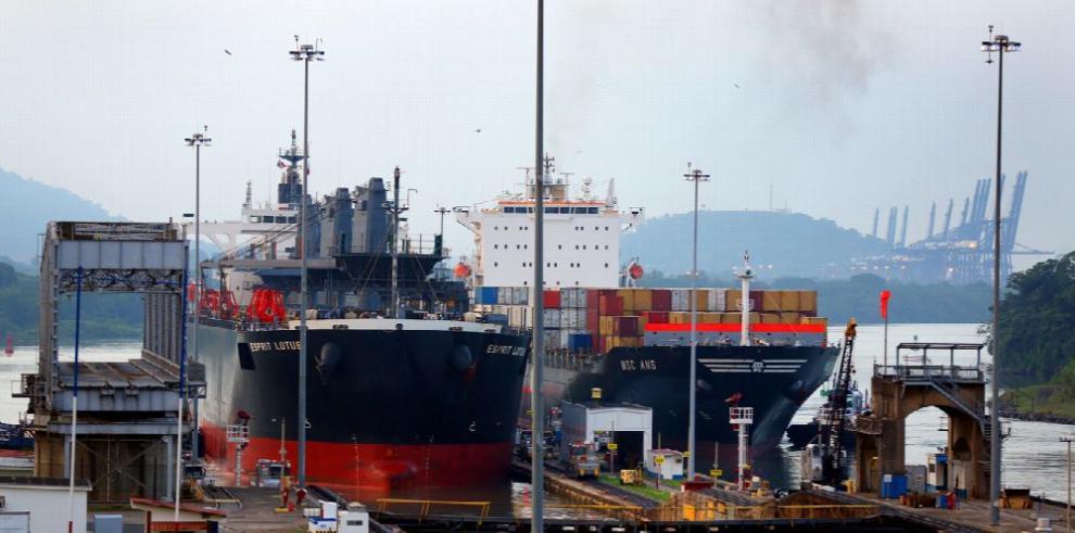Tránsito de buques por el Canal aumentó 5.0% durante el 2017