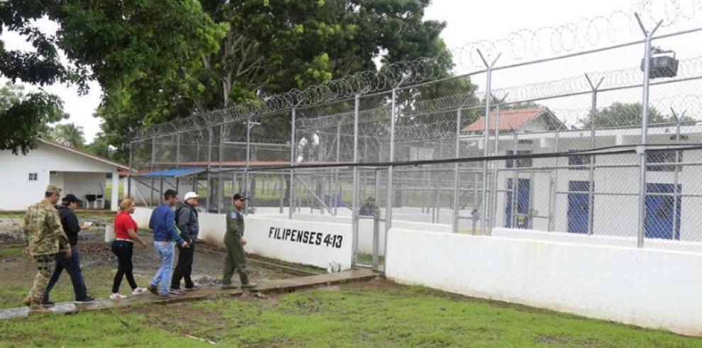 Magistrado Díaz inspecciona el penal de Punta Coco