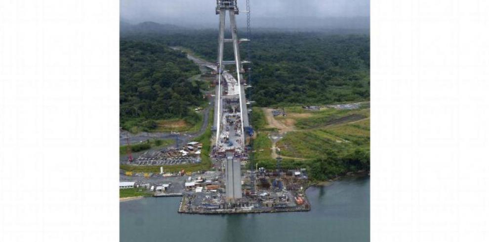 Avanza en 83% el puente más largo de Panamá, que dejará ver 3 obras del Canal