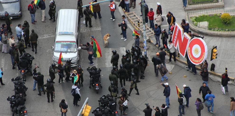 El Gobierno boliviano arropa a Morales frente a la jornada de protestas