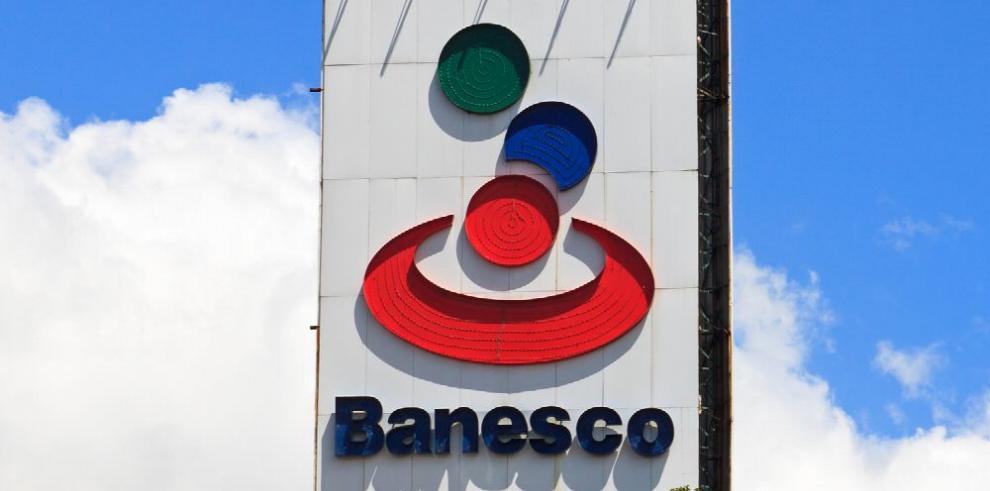Fiscalía venezolana ordena arresto de ejecutivos de Banesco