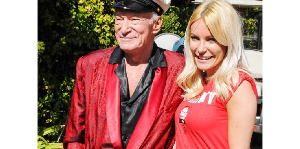 La viuda de Hugh Hefner pone a la venta la mansión que este compró para ella