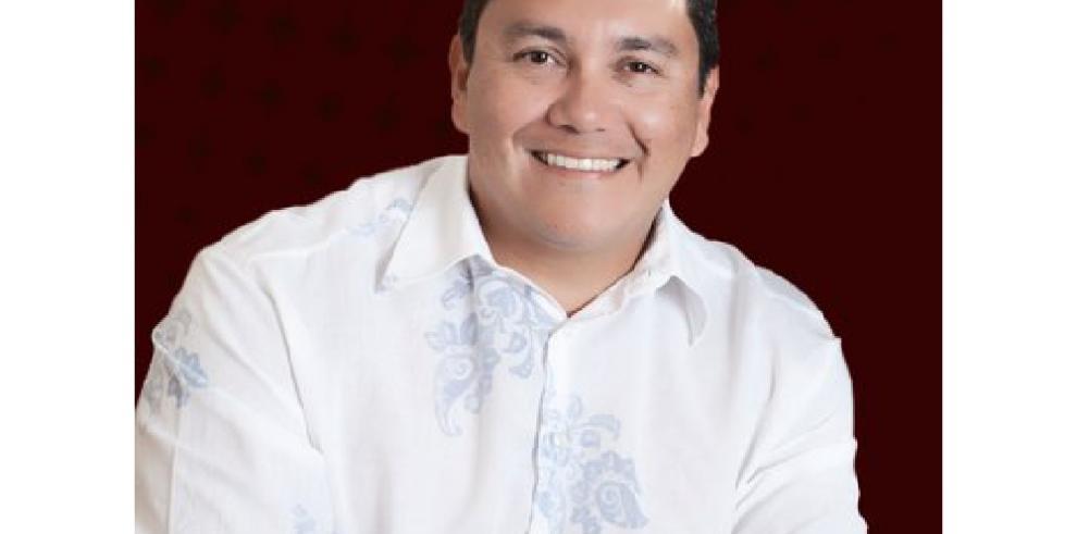 Pastor venezolano señalado en papeles de Panamá aspirará a la Presidencia