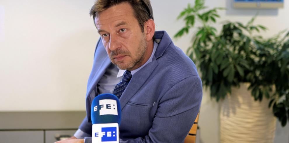 Defensa de Correa en Bélgica afirma que proceso está lleno de irregularidades